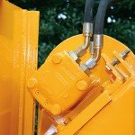 "Super High-Torque Feed Motors provide the most infeed power of any 18"" capacity chipper."