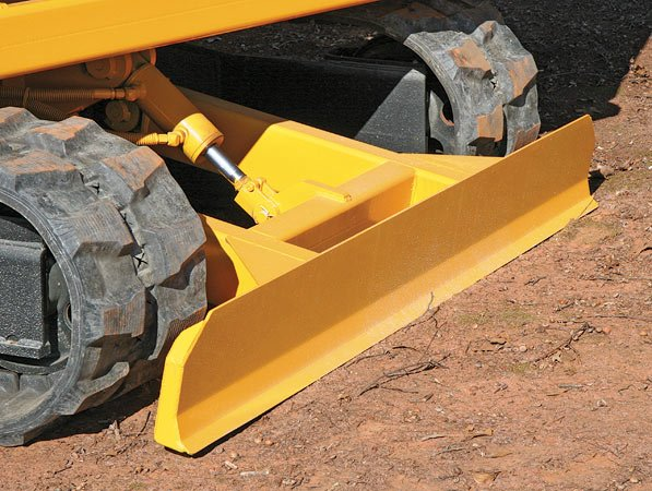 Hydraulic Scrape Blade aids in quick clean up.