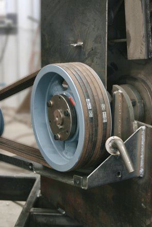 Kevlar Construction Belts carry more horsepower with less stretch, lowering maintenance costs and prolonging belt life.