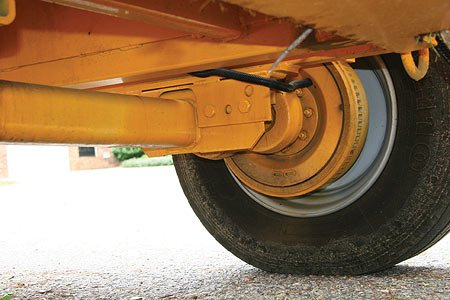 10,000-pound Capacity Dexter Torflex Axle makes the 2015 tow great, while minimizing turf damage.