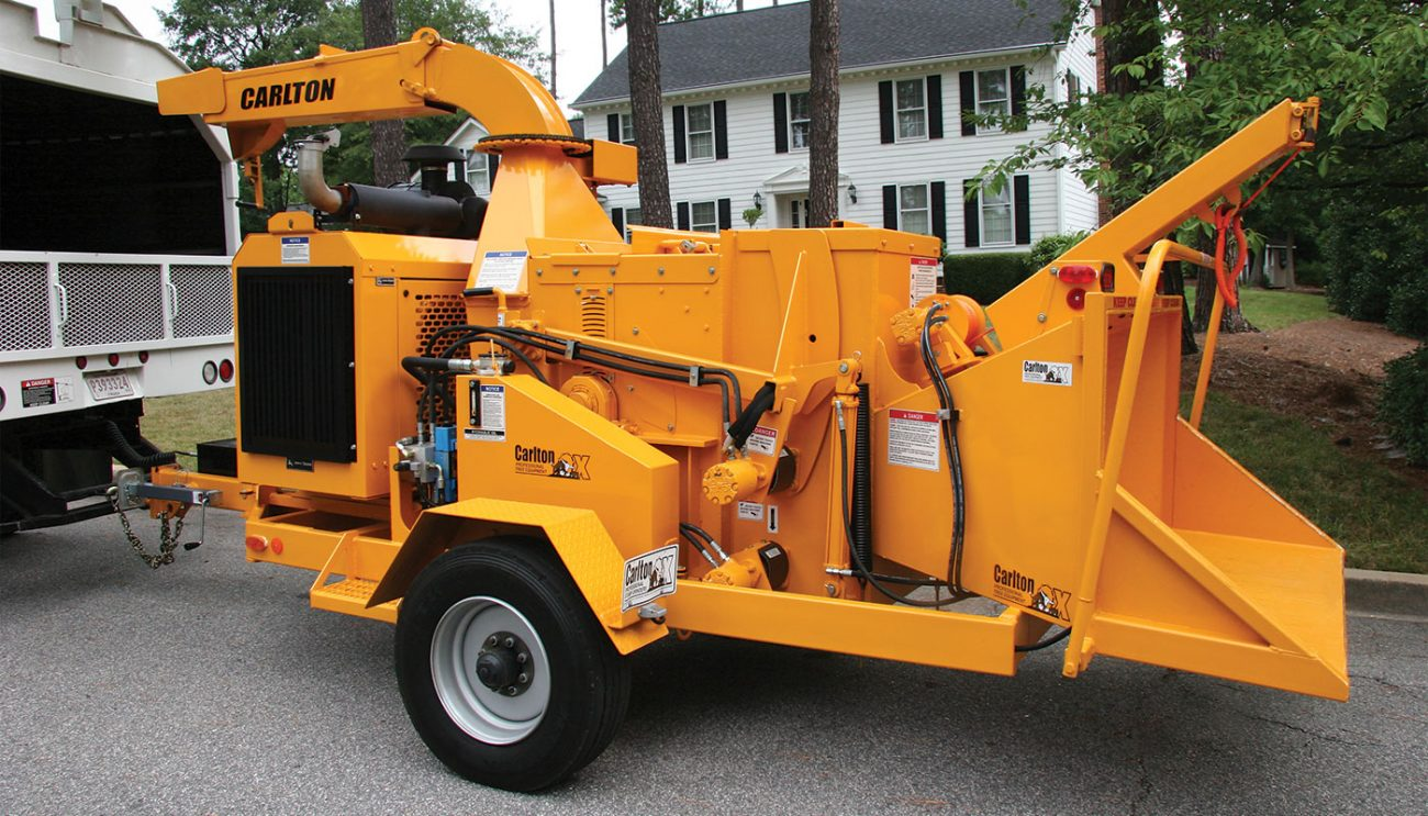 2518 Apache Wood Chipper