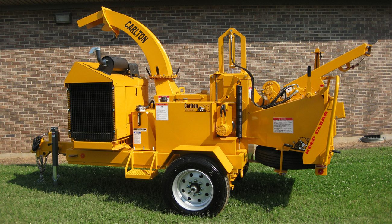 1712 Apache Wood Chipper